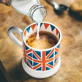 England mug 275 unsplash