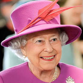 official portrait of the queen 275
