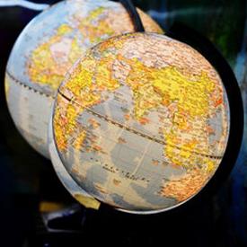 unsplash globes 275