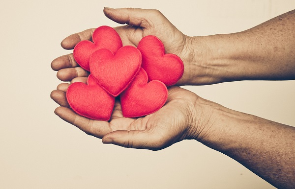 hearts-and-hands-600px