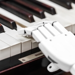 Robot-playing-piano-shutterstock 150